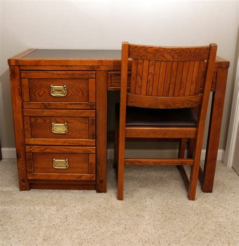 Hinkle Furniture by Hinkle Desk With Chair Ebth