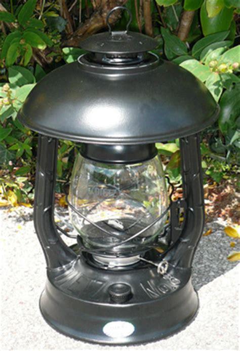 Wizard Wick Hurricane Ls by Feuerhand Lantern