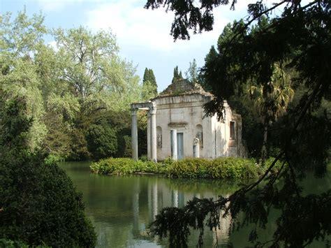 giardino inglese caserta file caserta reggia 15 4 05 186 jpg