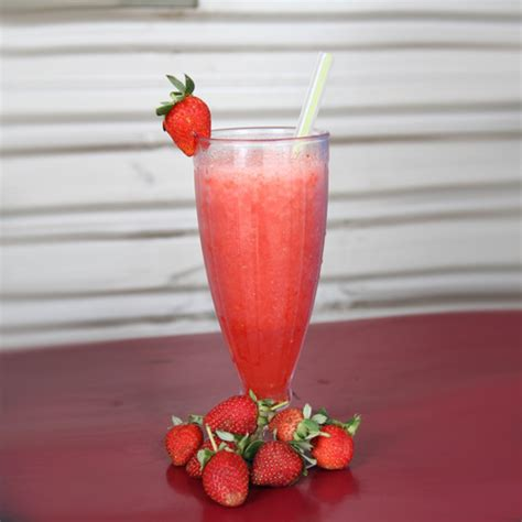 jus strawberry ayam gepuk shinta
