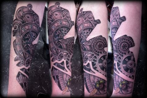 biomechanical gear tattoo sleeve biomechanical steunk art steunk biomechanical tattoo