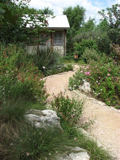 Hill Country Gardens by Watersaver At San Antonio Botanical Garden Digging