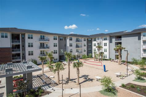 san antonio housing photos of our modern utsa apartments the luxx