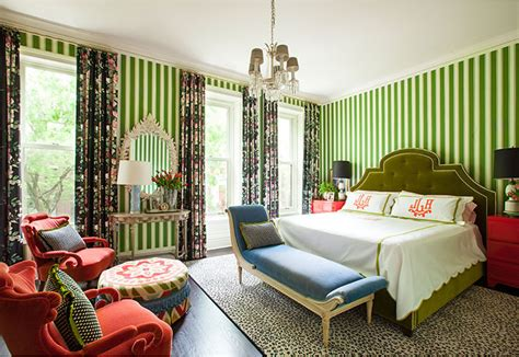 red green bedroom 4 homes that make red green look stylish all year long