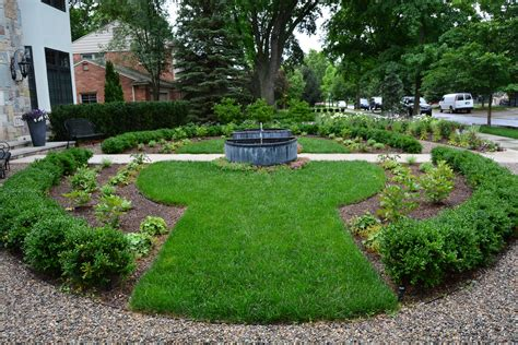 Landscape Shaped Pictures Ideas For Landscaping In Front Of Rectangular Shaped House