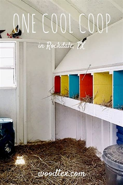 Chicken Coop Decorating Ideas by Best 20 Chicken Coop Decor Ideas On Chicken