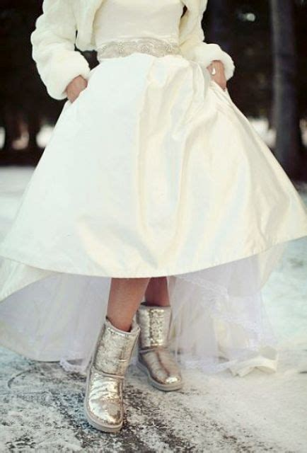 Winterhochzeit Schuhe by Picture Of Silver Glitter Uggs Will Add A Glam Feel And