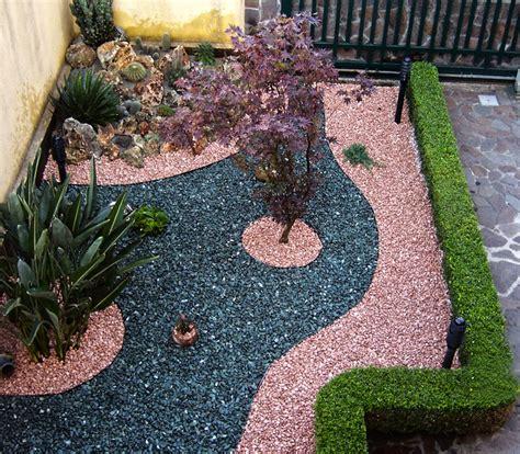 giardini con ciottoli lavori realizzati gaia la multiservizi dal pollice verde