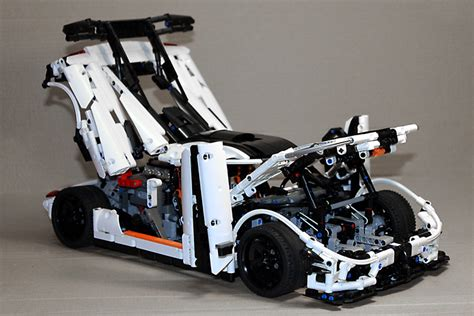 koenigsegg one 1 doors moc koenigsegg one 1 technic mindstorms model