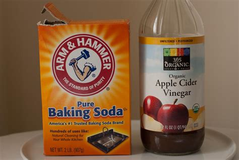 Baking Soda And Vinegar Hair Detox by Make Your Own Green Cleaning Products Green Health