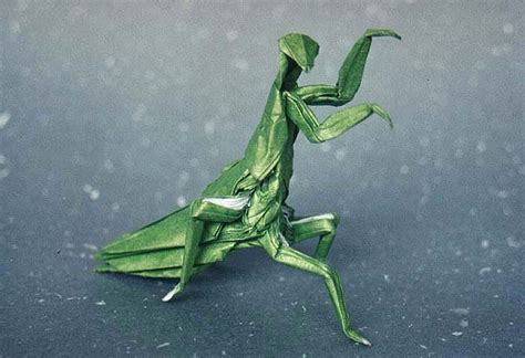 Origami Mantis - prayingmantis