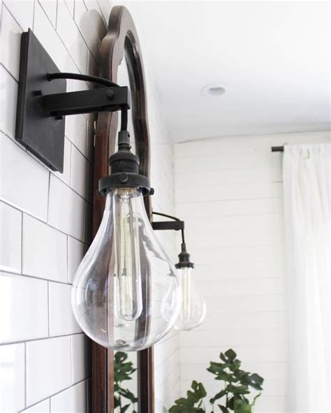 Bathroom Sconce Lighting Ideas by Best 25 Bathroom Sconces Ideas On Pinterest Bathroom
