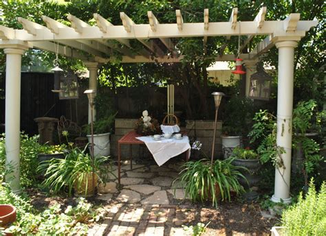 40 pergola design ideas turn your garden into a peaceful refuge designrulz