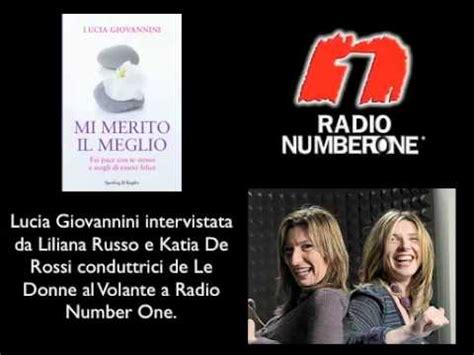 donne al volante radio number one lucia giovannini parla di felicit 224 presentando mi merito