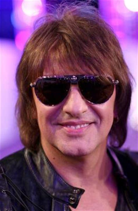 Sambora Enters Rehab by Richie Sambora Quits Bon Jovi Tour To Enter Rehab Daily Dish