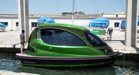 designboom jet capsule jet capsule s carbon fiber reptile cruises at up to 50 knots