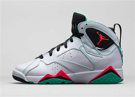 imagenes zapatos jordan 2015 air jordan 7 retro gs white infrared black verde sneaker