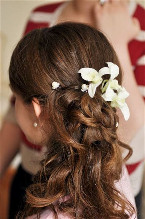 flower girl hairstyles half up half up half down flower girl hair style wedding half up