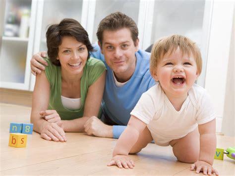 perkembangan bayi usia 8 bulan priyayialitblogspotcom tahap pertumbuhan bayi 8 bulan mulai merangkak jurnal
