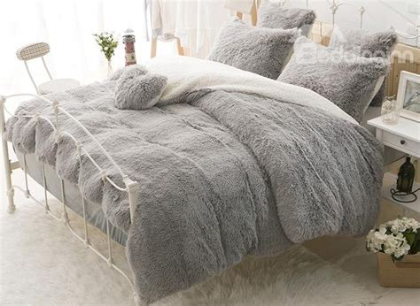 solid gray and white color blocking fluffy 4 piece bedding