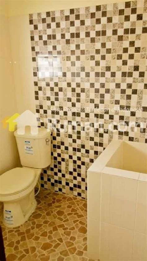 desain kamar mandi bak ide desain kamar mandi dengan bak air yang sederhana
