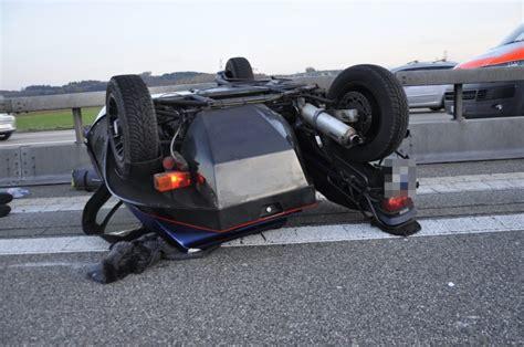 Unfall Motorrad A1 by A1 Kestenholz So Motorradlenker Bei Verkehrsunfall Mit