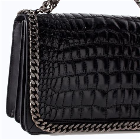 Tas Zara Shoulder Bag Zara Zr241 Crossbody Bag Zara Import Original zara croc embossed leather shoulder bag in black lyst