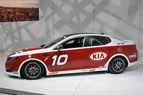 Kia Optima Racing Autotrader Ie News Kia Optima Turbo Sx Kinetic Race Car