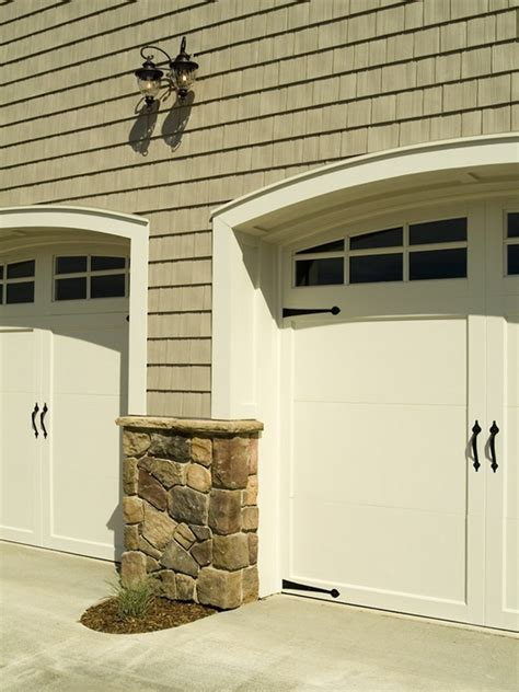 Garage Door Trim Ideas by Pin By Atamian On Home Exteriors