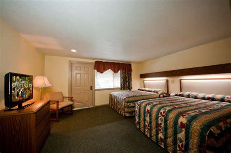 rooms in gatlinburg lodging huff s