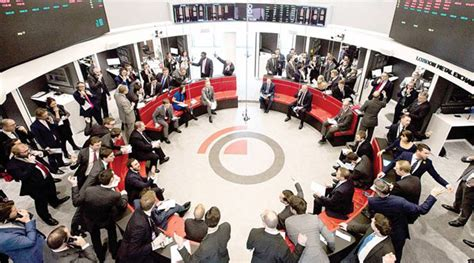 Traders At The Ring The London Metal Exchange S Open