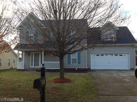 house for sale in high point 7910 woodpark dr high point nc 27265 foreclosed home information foreclosure homes
