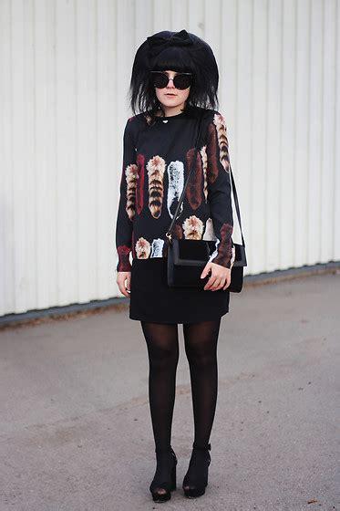 Dress Crop Panda Stripe thorne valley stripey dress monki spotty bag