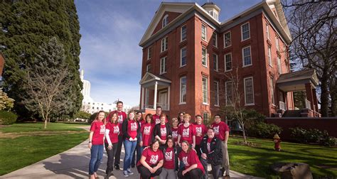 Willamette Mba Admission Requirements by Willamette Raised More Than 250 000 To Benefit Students