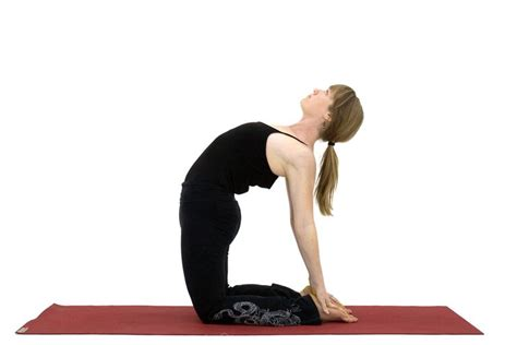 boat pose psoas yoga poses to stretch and strengthen the psoas