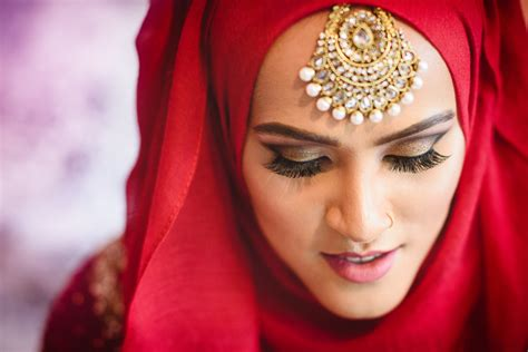 Asian Wedding Photography by Tell Your Story Kingston Wedding Photographer
