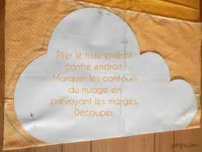 imprimer une photo sur un coussin diy fabriquer un coussin nuage patron gratuit joli tipi