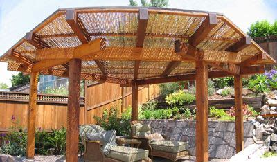 Bamboo Gazebo Roof by Japanese Pergola Bamboo Fencing For Roof Diy Pinterest