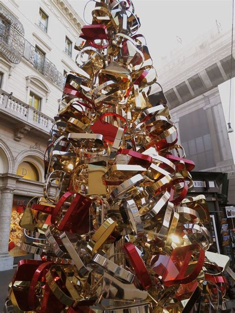 the fendi christmas tree in rome italy christmas