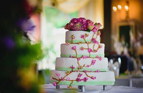 Hochzeitstorte Kosten by Hochzeitstorte Vom Alten Brauch Zum Highlight Der Feier