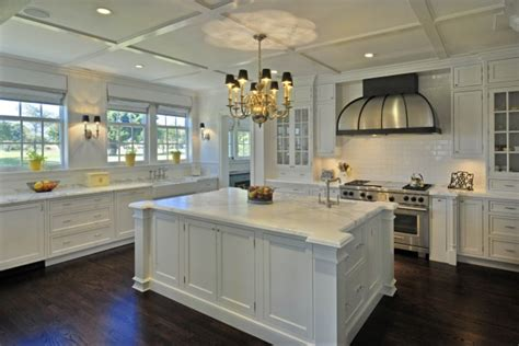 Mercury Glass Chandeliers 40 Inspirational Ideas Of White Amp Bright Kitchens With