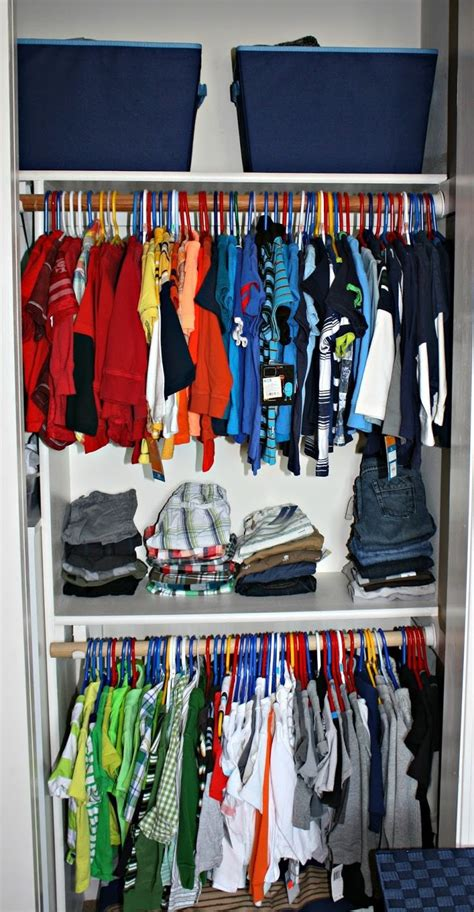 kids closets clothing and toy storage for boys and girls best 25 small boys bedrooms ideas on pinterest small