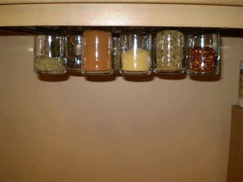 Tempat Bumbu Tupperware Spice T Go easy and cheap magnetic spice rack