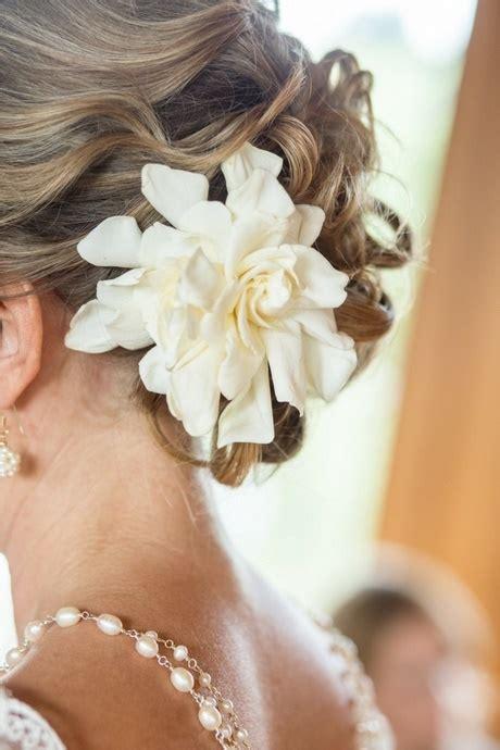 Hochzeitsfrisur Halboffen Blume by Brautfrisur Mit Blume