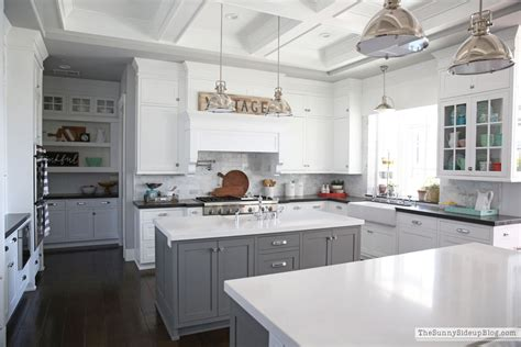 How To Keep Kitchen Clean And Organized by The Side Up
