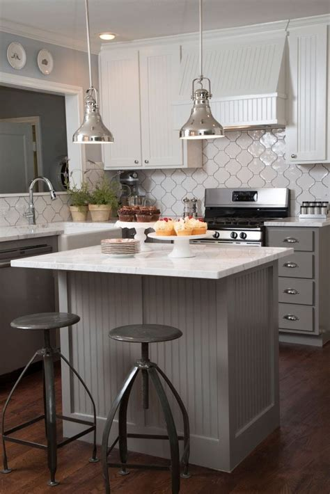 small kitchen with island best 25 small kitchen islands ideas on pinterest small