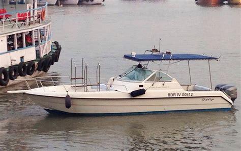 speed boat india speedboat cruise at gateway of india mumbai gulf craft 31