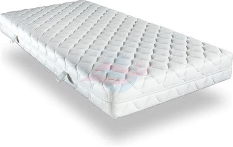 gute billige matratzen billige 7 zonen kaltschaummatratze billige matratze de