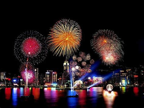 new year fireworks hong kong 2015 how do fireworks make shapes how it works magazine