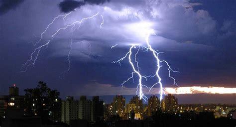 imagenes en movimiento de tormentas 191 d 243 nde est 225 s m 225 s seguro ante la ca 237 da de un rayo